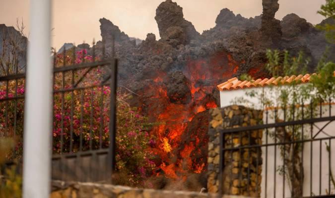 Prevén explosiones y emisión de gases nocivos cuando la lava llegue al mar