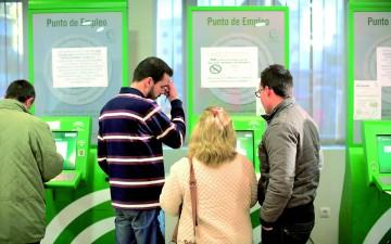 El sae permitir reactivar la tarjeta del paro en los for Oficina electronica dos hermanas