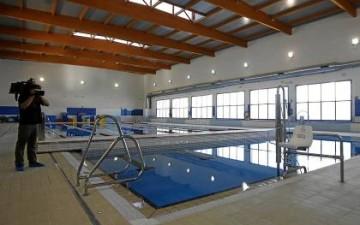 El centro deportivo de san jer nimo no ser privado for Piscinas imd sevilla