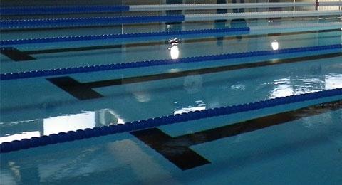 Casariche mantiene cerrada su piscina cubierta por la sequ a for Piscinas casariche