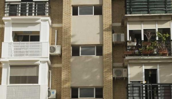 A prisi n un ladr n que rob escalando en cinco pisos de - Pisos nuevos en sevilla este ...