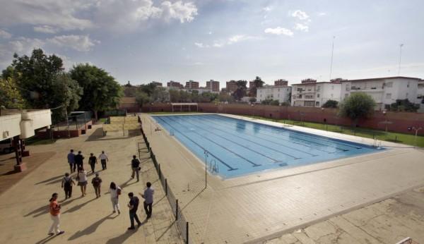 El ayuntamiento invertir 1 5 millones en el centro for Piscinas imd sevilla
