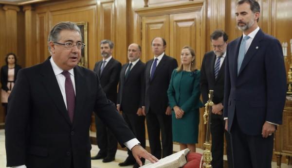 Rajoy nombra a zoido ministro de interior for Ministro d interior