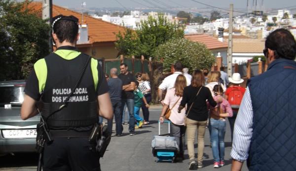 Dos hermanas saca a concurso 17 nuevas plazas de polic a local - Polveros en dos hermanas ...