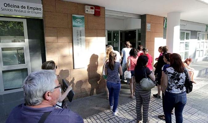 La seguridad social pierde afiliados en agosto for Oficina del sae