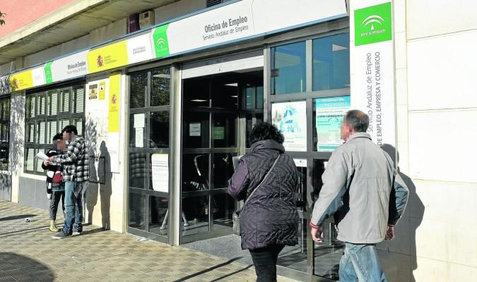 Sevilla no logra bajar de los parados en 2017 - Oficina de empleo andalucia ...