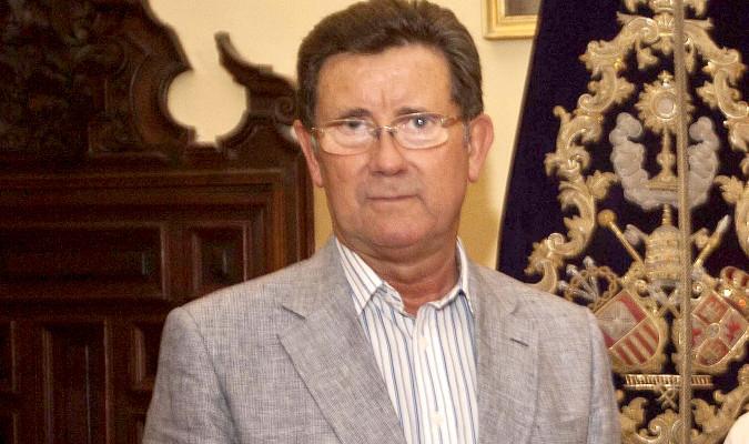 Javier Criado dimite como hermano mayor de Pasión