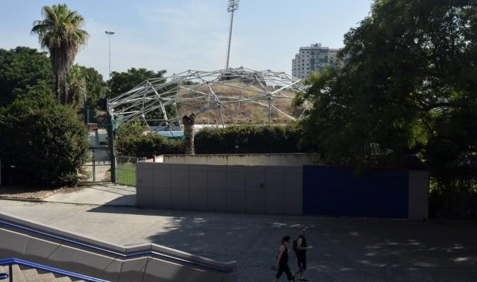 Arranca el lunes la huelga de la piscina de san pablo for Piscinas imd sevilla