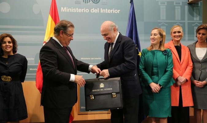 Zoido se estrena como ministro del interior con la for Ministro del interior espana 2016