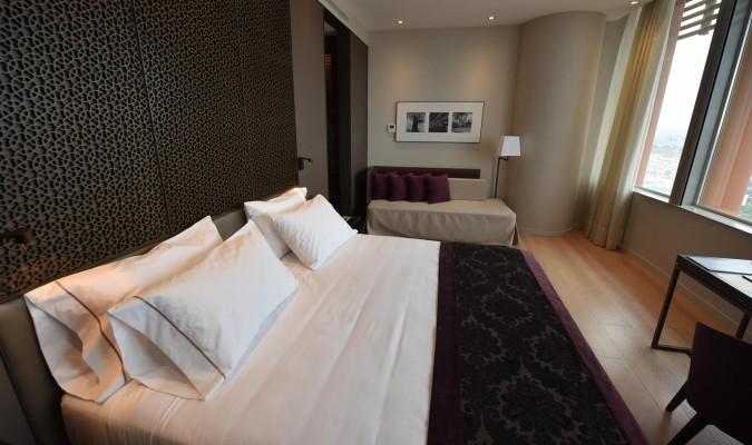 El mirador y el hotel de torre sevilla abren en septiembre for Hotel eurostar sevilla