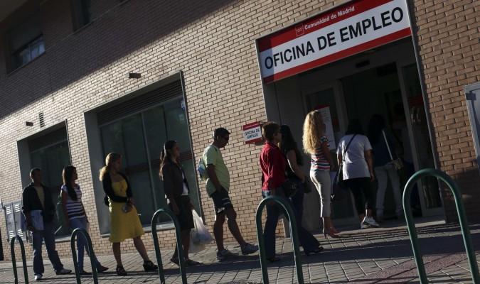 Uno de cada cuatro nuevos contratos es de una semana for Oficinas de registro de la comunidad de madrid