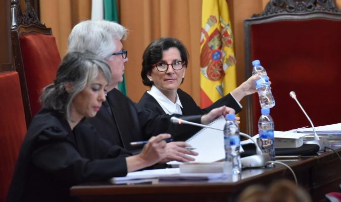 La abogada de Lopera: «La fiscal está muy cerca de nuestras posiciones»