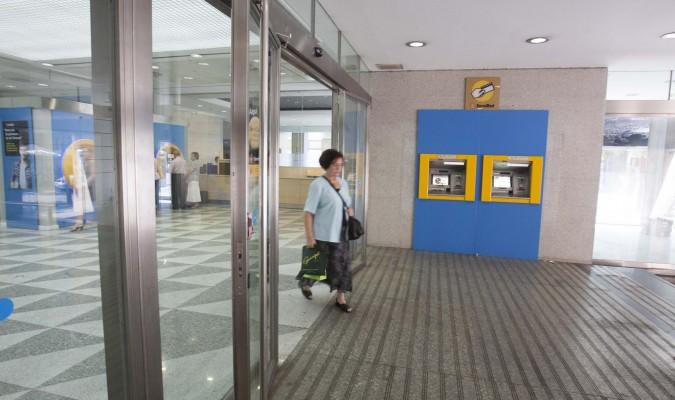 Caixabank abrir 290 oficinas por las tardes for Oficinas de caixabank