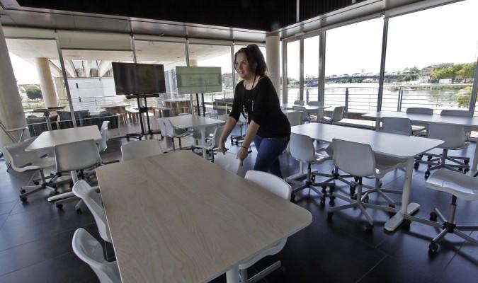 La escuela de hosteler a se muda junto al pabell n de la for Clases de cocina sevilla