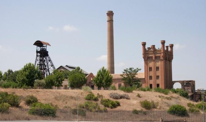 Ayuntamiento y Universidad ponen en valor la Memoria Histórica Minera en Villanueva del Río y Minas