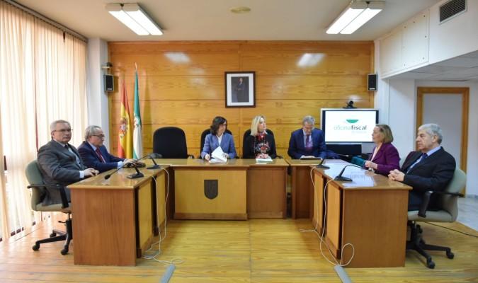 Sevilla estrena una fiscal a m s gil y cercana pero con for Oficina postal mas cercana