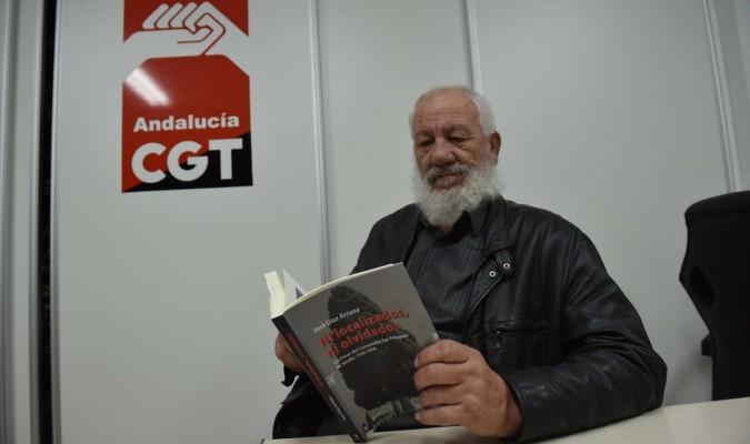 Cecilio Gordillo ha dedicado numerosos esfuerzos en la investigación de los represaliados enterrados en fosas comunes. / Jesús Barrera