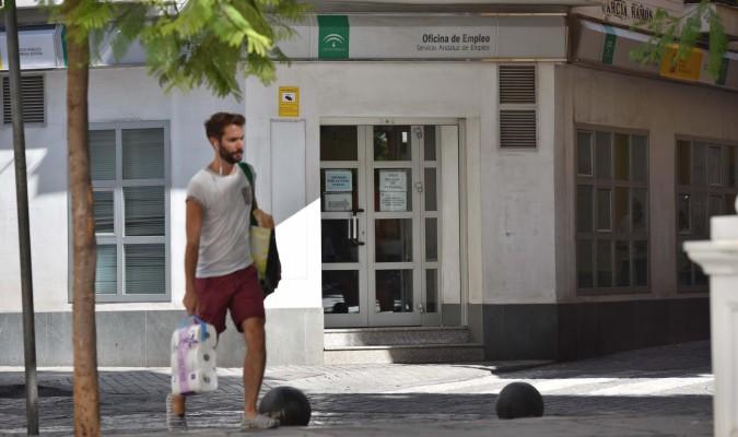 Septiembre se salda con parados m s en andaluc a for Oficina del paro murcia