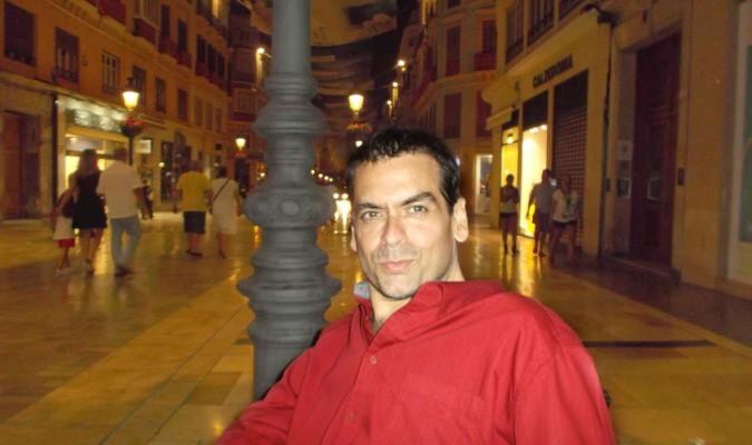'El efecto Transilvania', una Sevilla gótica de espada y brujería