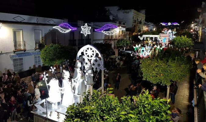 Carrozas De Reyes Magos Fotos.Los Reyes Magos Se Quedan En La Vega