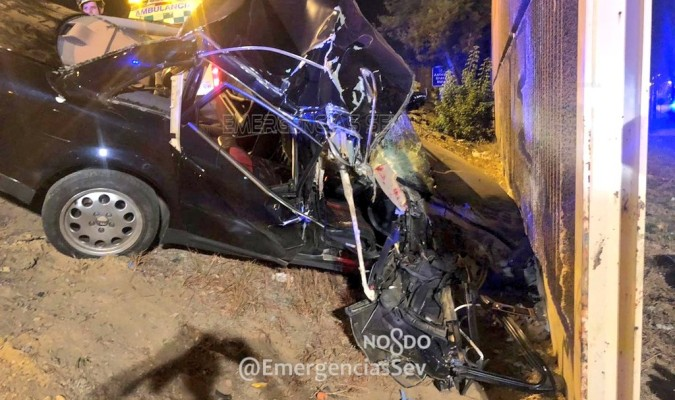 Cinco heridos en un accidente en la SE-30