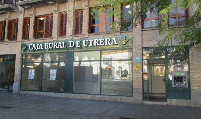 La ciudad con medio siglo de banca propia for Caja rural de teruel oficinas