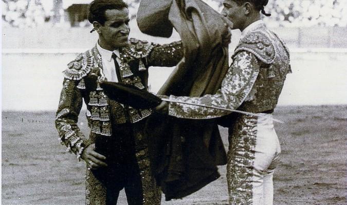 Alberti dedicó sus 'Chuflillas' al Niño de la Palma, a la derecha. / Foto: Archivo A.R.M.