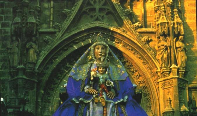 Procesiones especiales de la Virgen de los Reyes