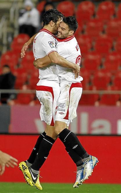 Botía y Fazio celebran un gol (Marcamedia)