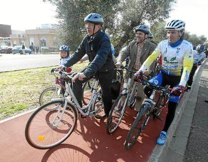 El carril bici metropolitano a su paso por Montequinto.