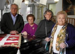 Rafael Molina, Carmen Mejías, Julia Muñoz y Antonia Enamorado.