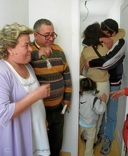 33 Más de 43.000 familias viven en alquiler en viviendas públicas propiedad de la Junta de Andalucía.