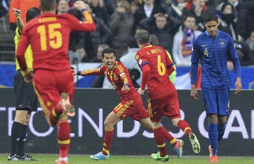 Pedro celebra su gol ante Francia.