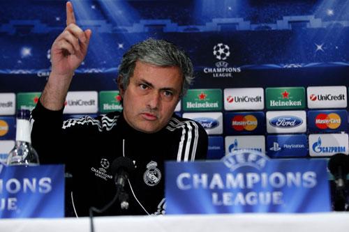 Jose Mourinho en una rueda de prensa (Marcamedia).