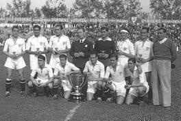 El Sevilla campeón. (El Correo)