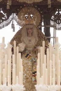 El Cautivo de Santa Genoveva en la salida por el barrio. J.M. Espino (Atese)