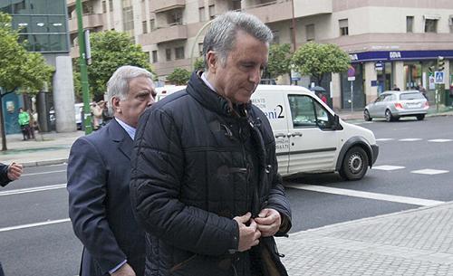 El exdiestro Ortega Cano llega al Juzgado para la última sesión del juicio por la muerte de Carlos Parra en accidente de tráfico.