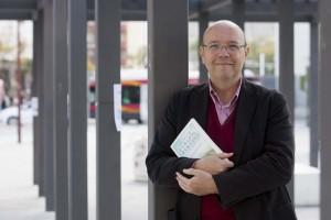 Sevilla 21 03 2013: Jose Maria Ribas Autor del Libro Critica de la ra