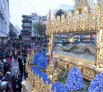 El Santo Entierro en la Campana. / J. M. Paisano (Atese)