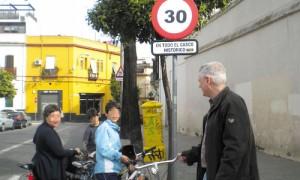 Nueva señalización en la calle Calatrava. J.M. Espino (Atese)