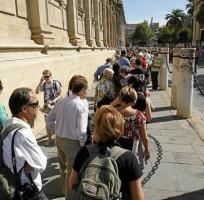 La caída de turistas nacionales está detrás del descenso de la actividad turística. - Javier Cuesta