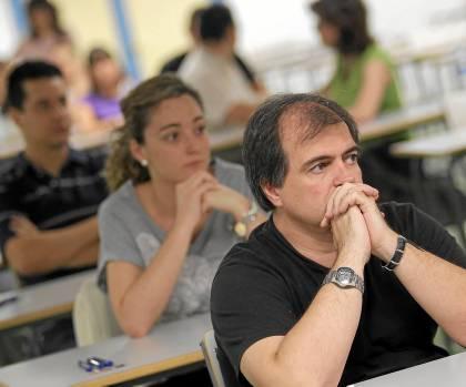 Aspirantes a una plaza de profesor en las oposiciones de Secundaria en Andalucía.