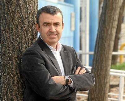 Lorenzo Silva, el primero de los autores con tirón que pisará la Feria del Libro 2013. (Antonio Acedo)