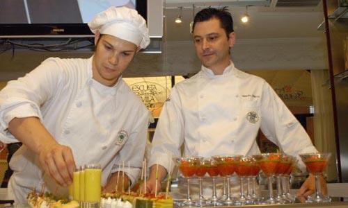 Sevilla 08-06-07 Presentacion de un Curso de Cocina de verano de la E