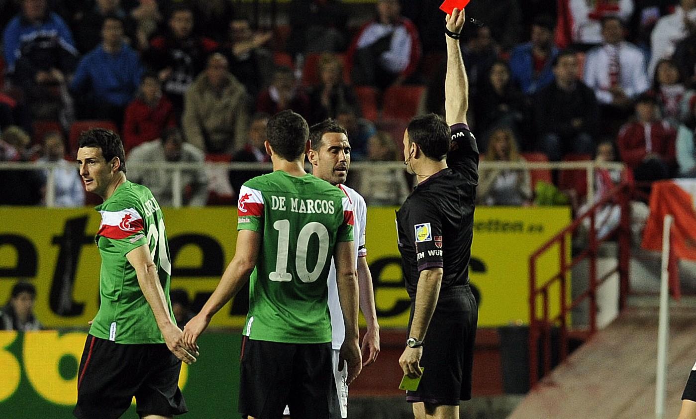 Navarro, expulsado por Mateu Lahoz.