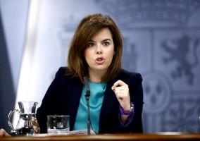La vicepresidenta del Gobierno, Soraya Sáenz de Santamaría, ayer en rueda de prensa tras el Consejo de Ministros.
