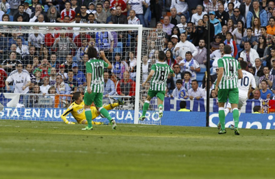 REAL MADRID-BETIS 12-13