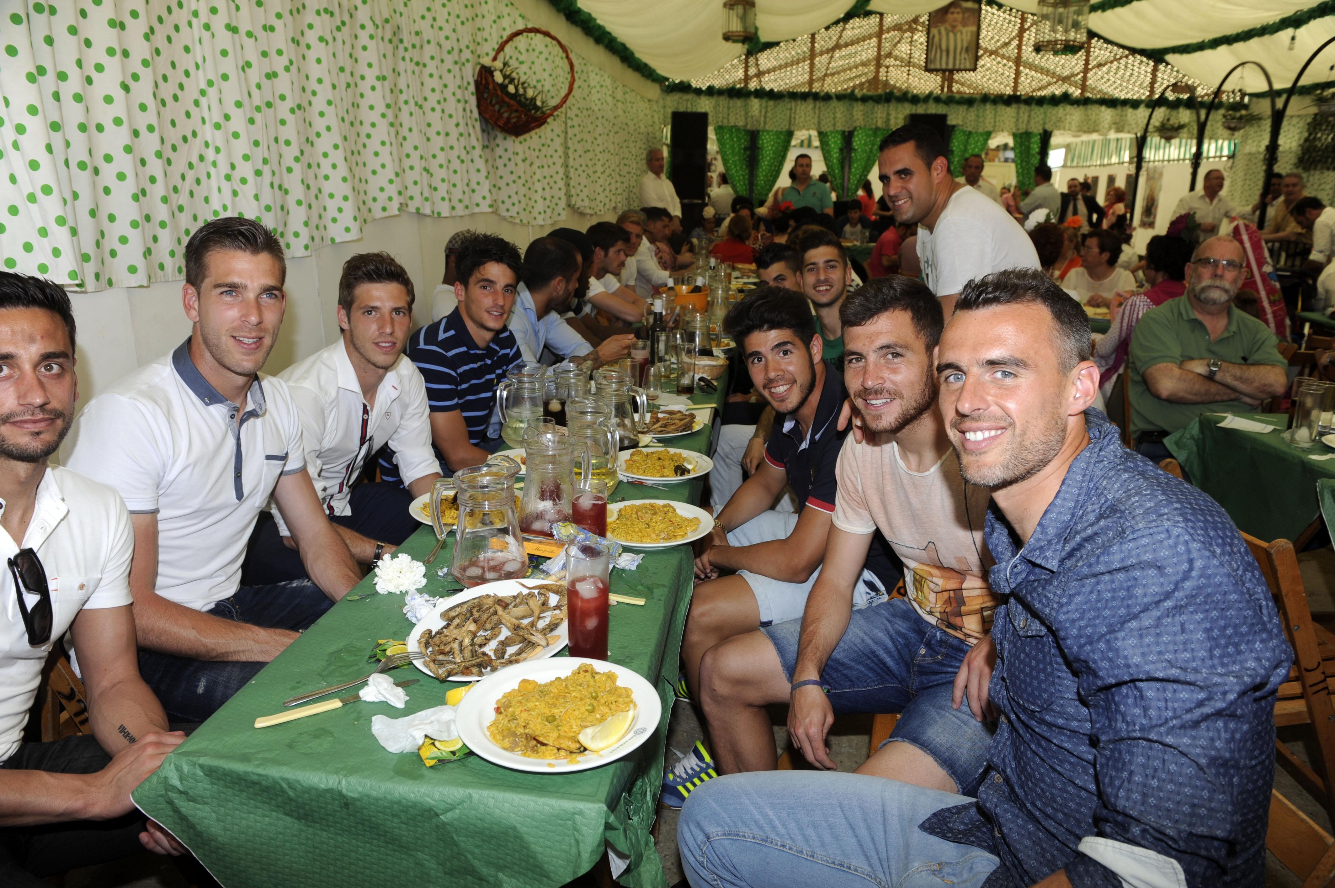 Los jugadores del Betis, en la Feria.
