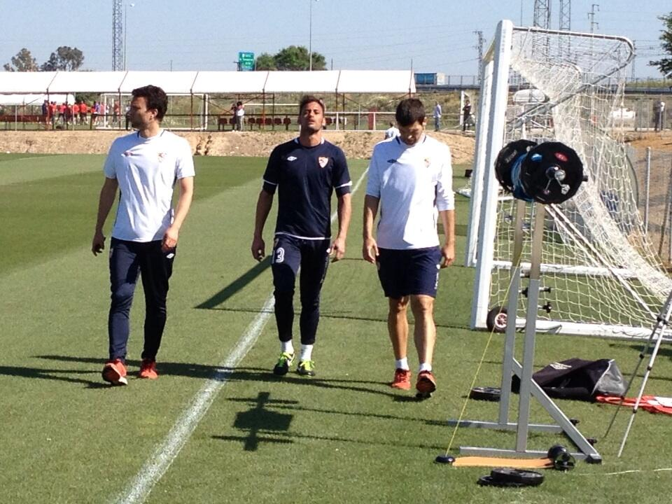 Beto, retirándose. (Sevilla FC)