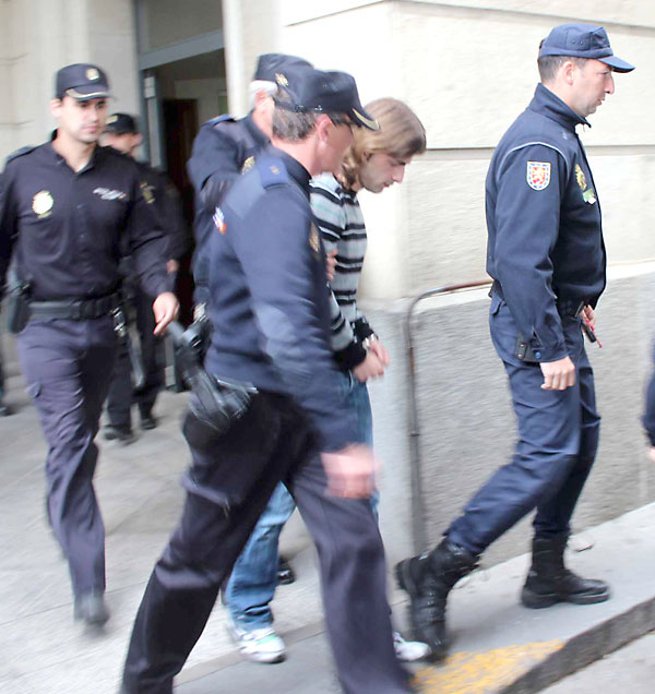 Carcaño, saliendo de los juzgados. / Foto: José Carlos Cruz (Atese)